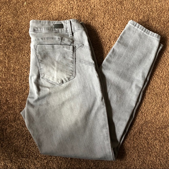 11c0044f040d87 miss Poured in Blue Jeans   Gray Skinny Size 12   Poshmark